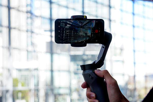 手振れ補正が飛躍的に向上したiPhone11 Pro 広角レンズ手持ちとスマホ用ジンバルを比較してみました